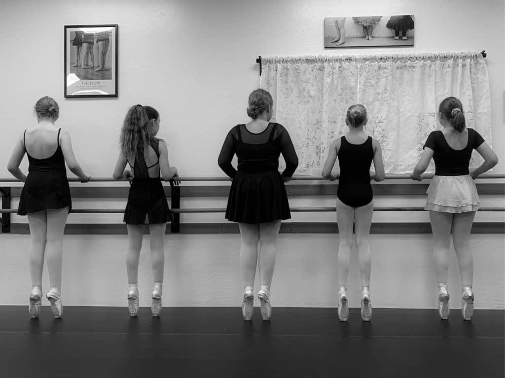 Dance 101-pointe-class
