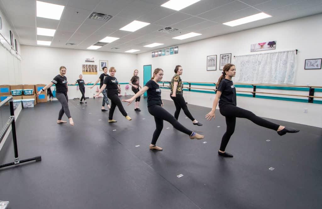 Dance 101 Teen Jazz Dancers