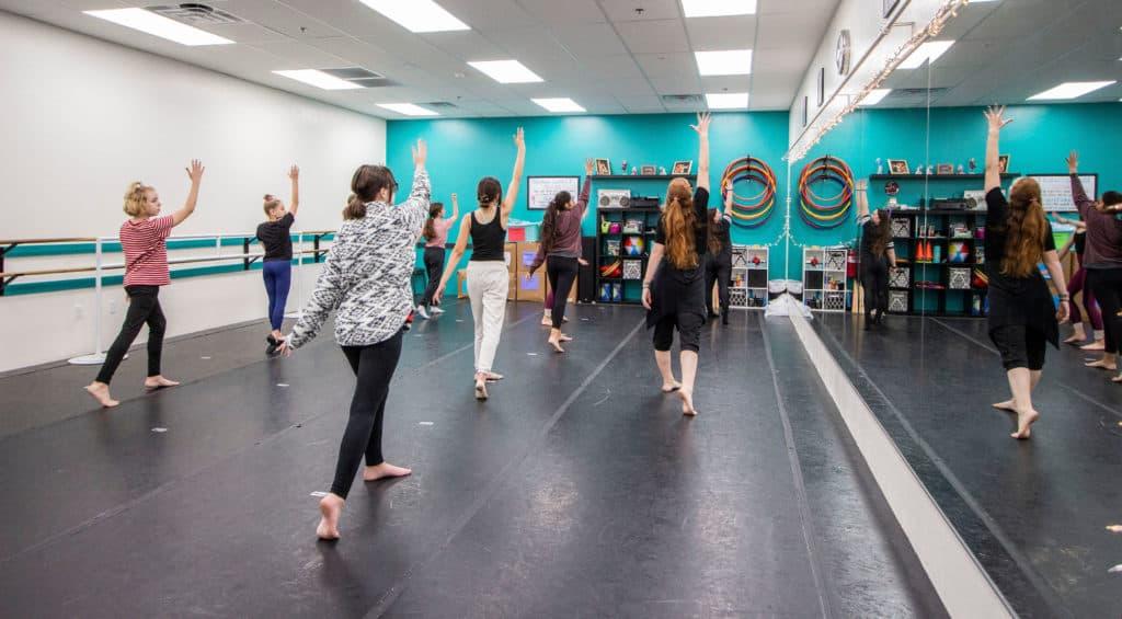 Dance 101 Teen Contemporary Dancers